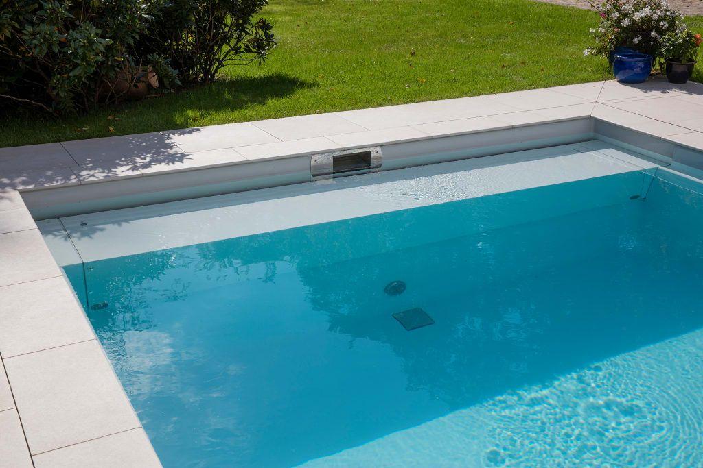 Moderner Pool Bilder Die Rollladenabdeckung Pool designs - reihenhausgarten und pool