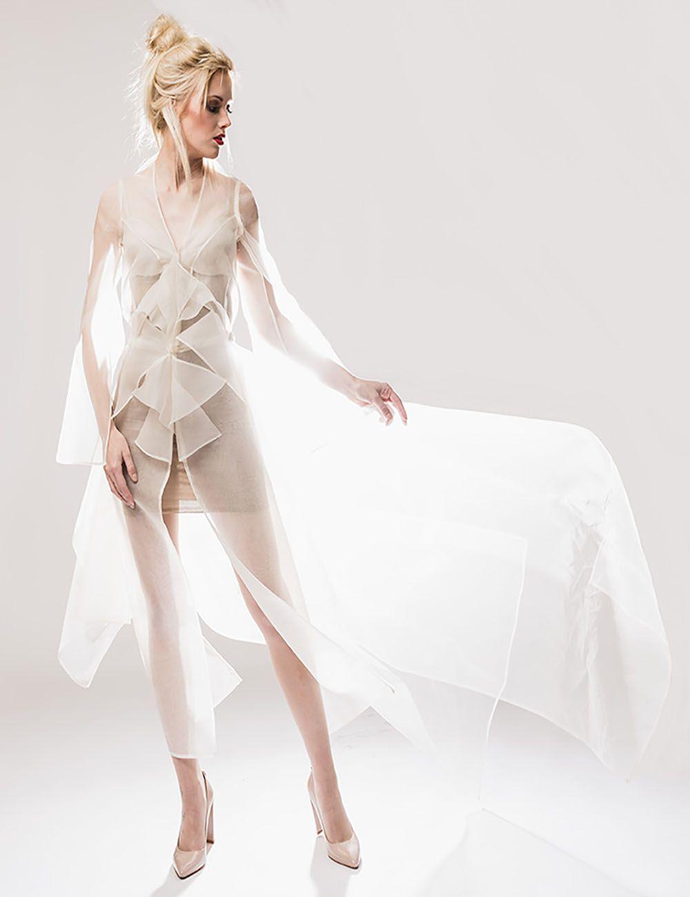 ORGANZA #Mantel #Bridal #transparent #origami #origamiinspiration #art #design