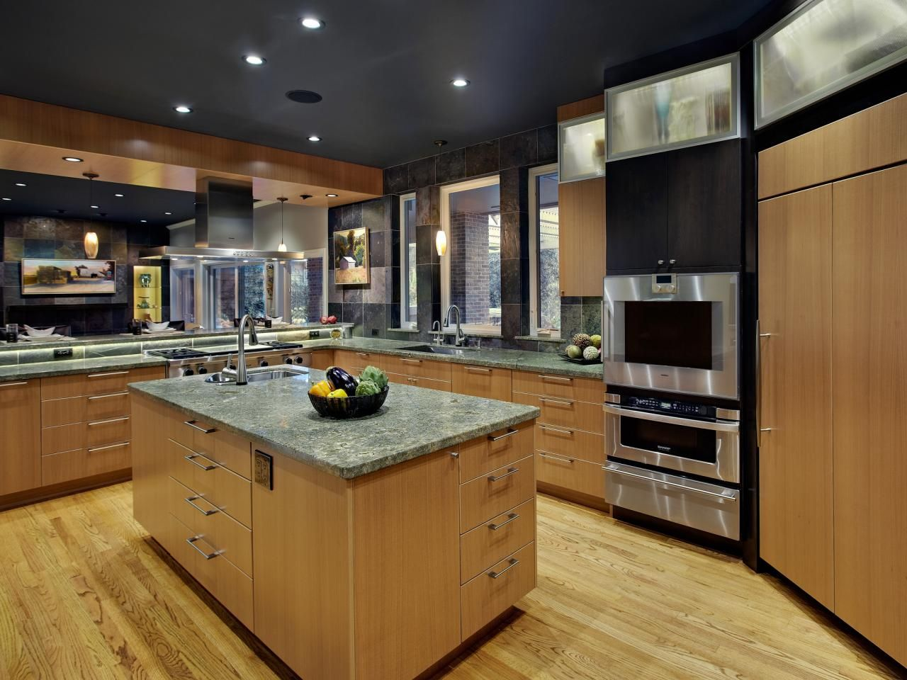 Blonde Kitchen Cabinets Chelsea Nook F31 In Perfect Home Decor Ideas With