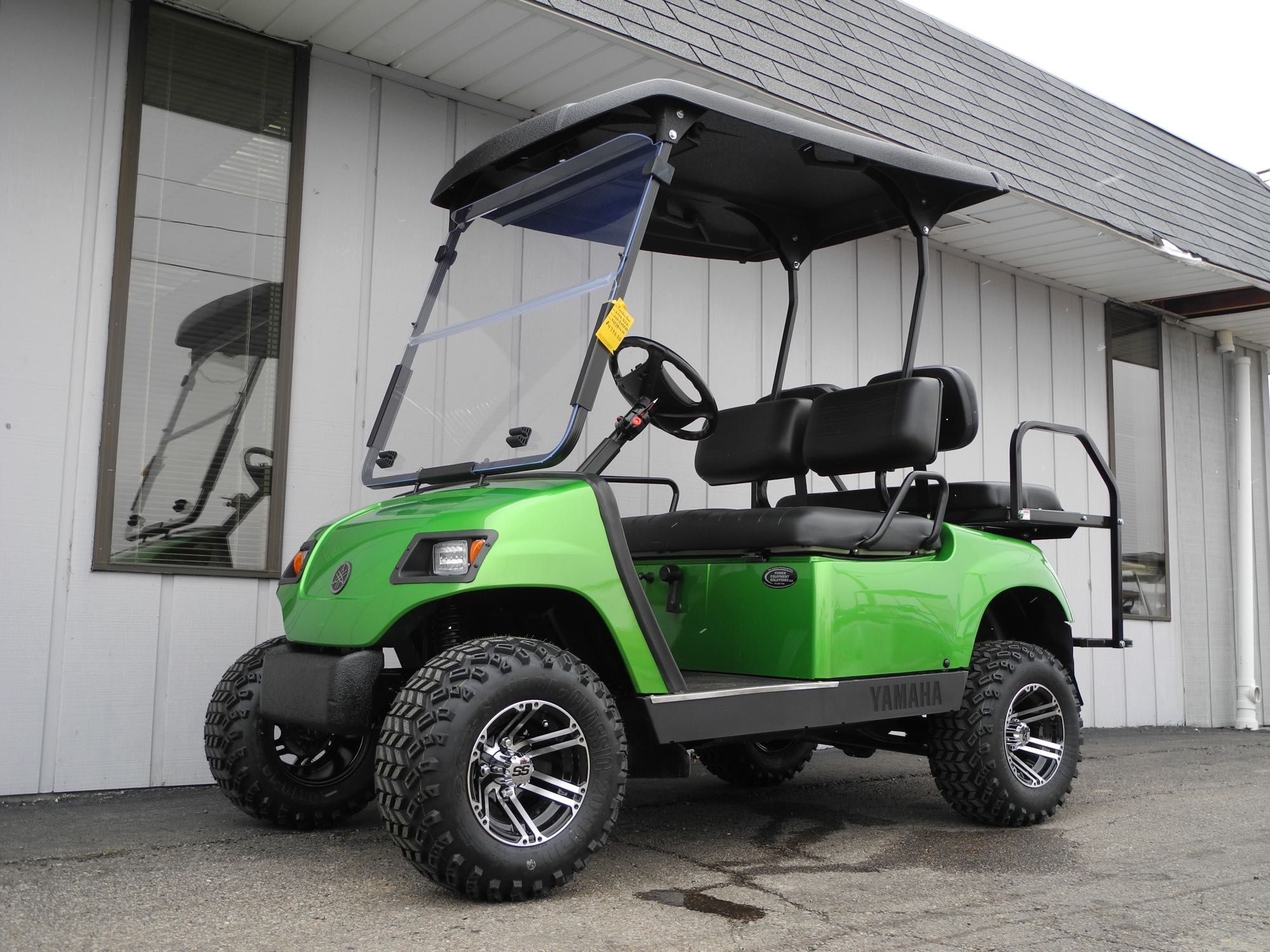 We were going to post this custom street ready Yamaha G22 gas golf ...