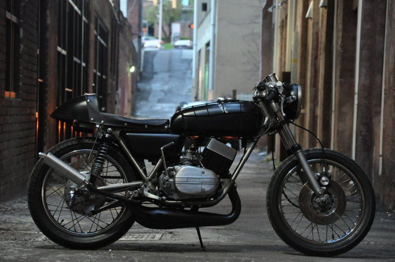 yamaha rd350 cafe racer   motorcycle photo of the day   2strokes