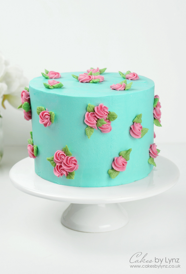 Learn How To Make A Buttercream Rose Flower Cake With This Free Video Tutorial Cakes By Lynz In 2020 Buttercream Rose Cake Rose Cake Decorating Rose Cake Tutorial