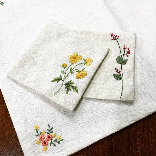 handkerchief hand embroidery designs