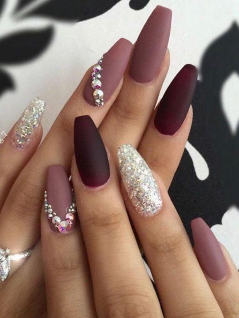 Cute Maroon Nail Design With Accent Glitter Nail Nails Design With Rhinestones Fall Acrylic Nails Cute Nail Art Designs