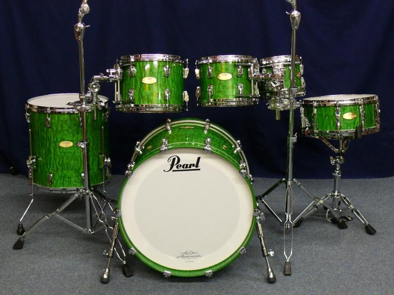 pearl masterworks artisan 2012 green tamo high gloss drums in 2019 drums pearl drums drum kits. Black Bedroom Furniture Sets. Home Design Ideas