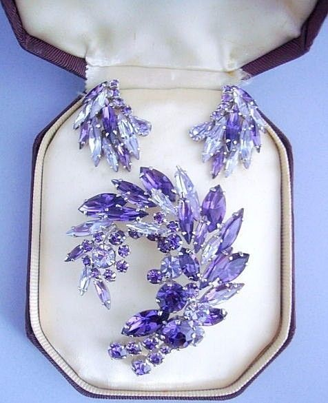 Vintage Sherman Brooch Set Swarovski Purple & Lavender Rhinestones circa…