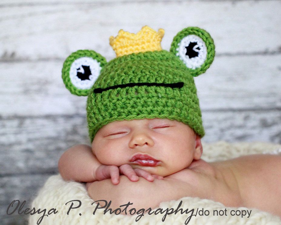 PDF CROCHET PATTERN 043 - Frog hat - Multiple sizes from newborn through 12 months