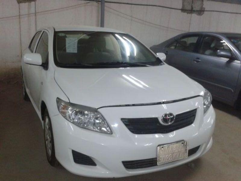 تويوتا كورولا أبيض 2010 مراتب مخمل للبيع سعودي حراج Vehicles Car