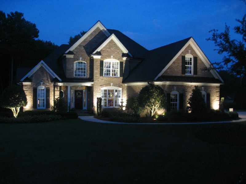 Nc outdoor landscape lighting photos barefoot associates outdoor lighting on house mozeypictures Choice Image
