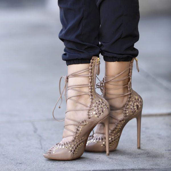 Alaïa Chaussures À Lacets MpnQju77