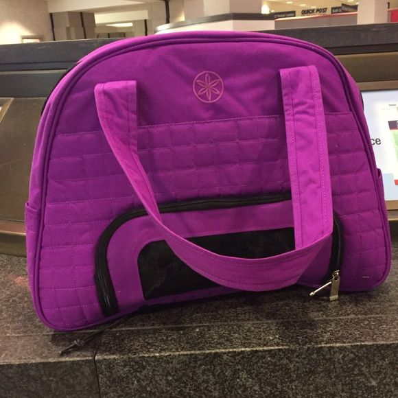 Gaiam yoga bag! Super cute, new without tags Gaiam Bags