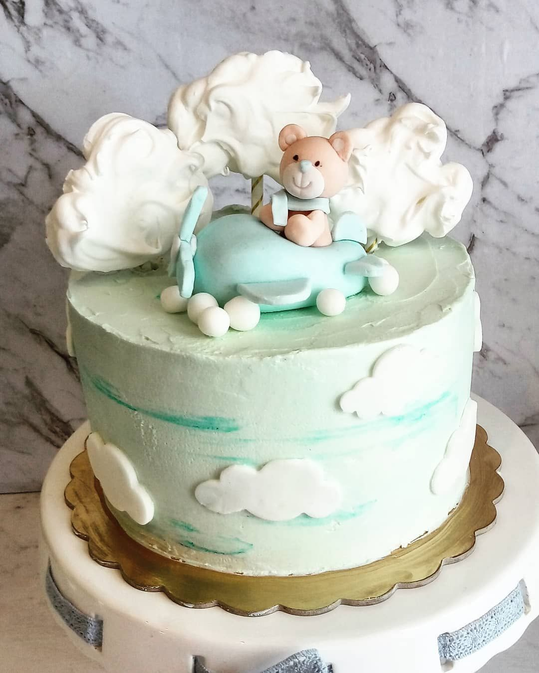 Dla Bujajacych W Chmurach Tortzmisiem Slodkiepudelko Ubierzswojtort Miswsamolocie Bezowechmurki Dorosioweranty Tortzchmur Desserts Cake Birthday Cake
