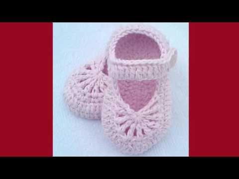 Zapatitos con presilla y botòn forrado. tejidos en crochet ...