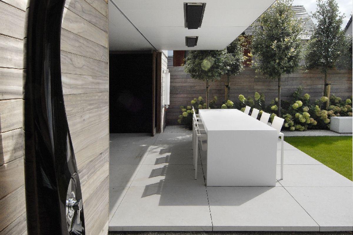 Large Square Concrete Slabs Tuin Tuin Architectuur Tuin Ideeen