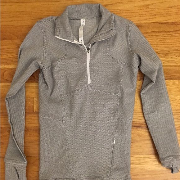 Lululemon Kanto half zip herringbone Kanto catch me 1/2 zip, ghost herringbone print. So cute just didn't fit me well! I only sell on posh, no trades and feel free to make an offer!! lululemon athletica Tops