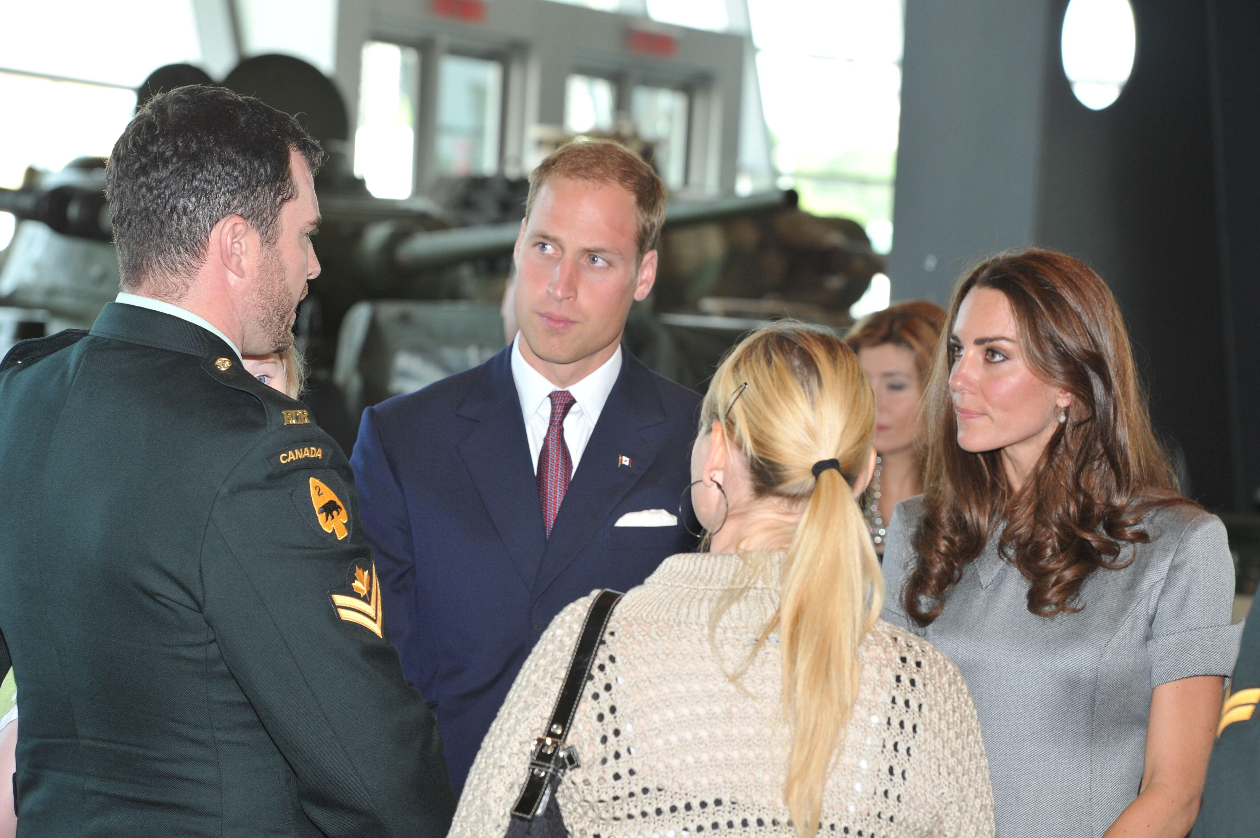 Prince William and Kate Middleton met with members of the Canadian military.