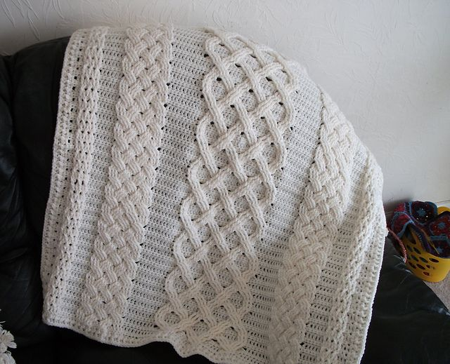 Sólás Caomh pattern by Jodi Euchner | Manta afgana, Manta y ...