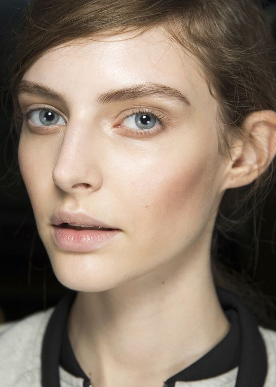 Fashion Week Paris: en backstage du defile Lanvin http://www.vogue.fr/beaute/en-coulisses/diaporama/en-backstage-du-defile-lanvin-printemps-ete-2014-fashion-week-paris/15436/image/854383#!en-backstage-du-defile-lanvin