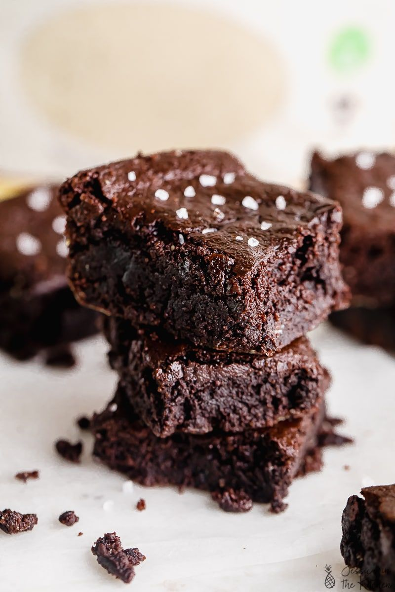 Vegan Almond Flour Brownies One Bowl Gluten Free Fudgy Jessica In The Kitchen In 2020 Almond Flour Brownies Almond Flour Melting Chocolate Chips