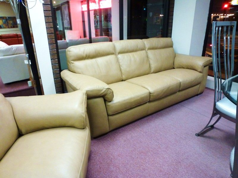 Modern Sectional Sofas Natuzzi Editions Tan Leather sofa u Love seat B MUST GO Check in