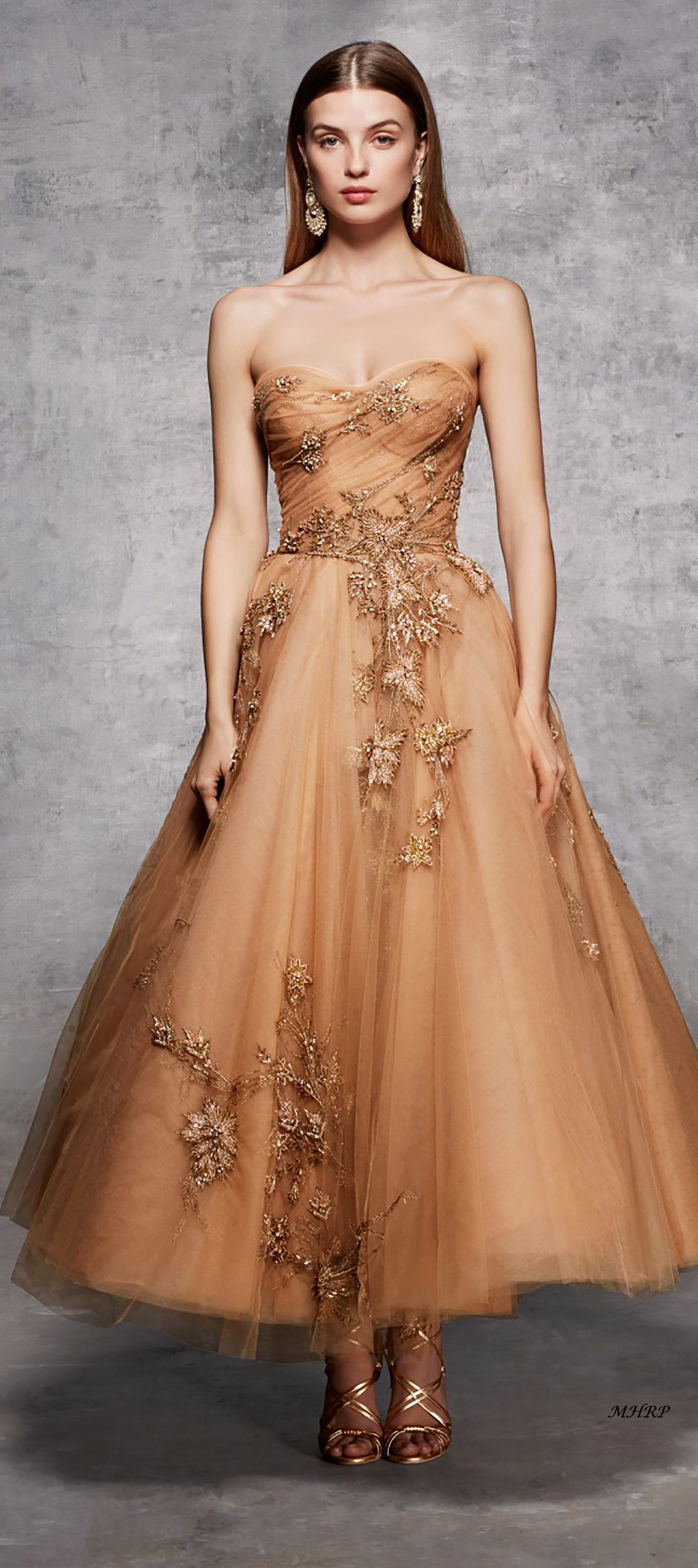 53530bc7 Marchesa Pre-Fall 2018 | Fashion in 2019 | Dresses, Strapless dress ...