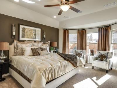 Dunhill Homes Paloma Creek Master Bedroom
