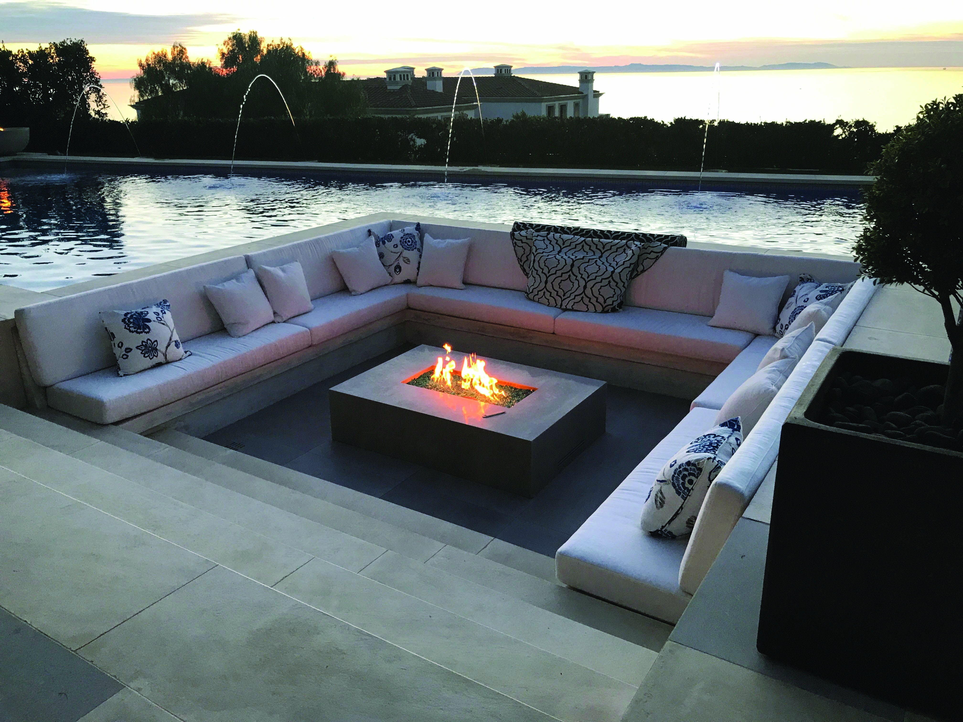 Fire Place Design Concepts For An Elegant Exterior Space Fire