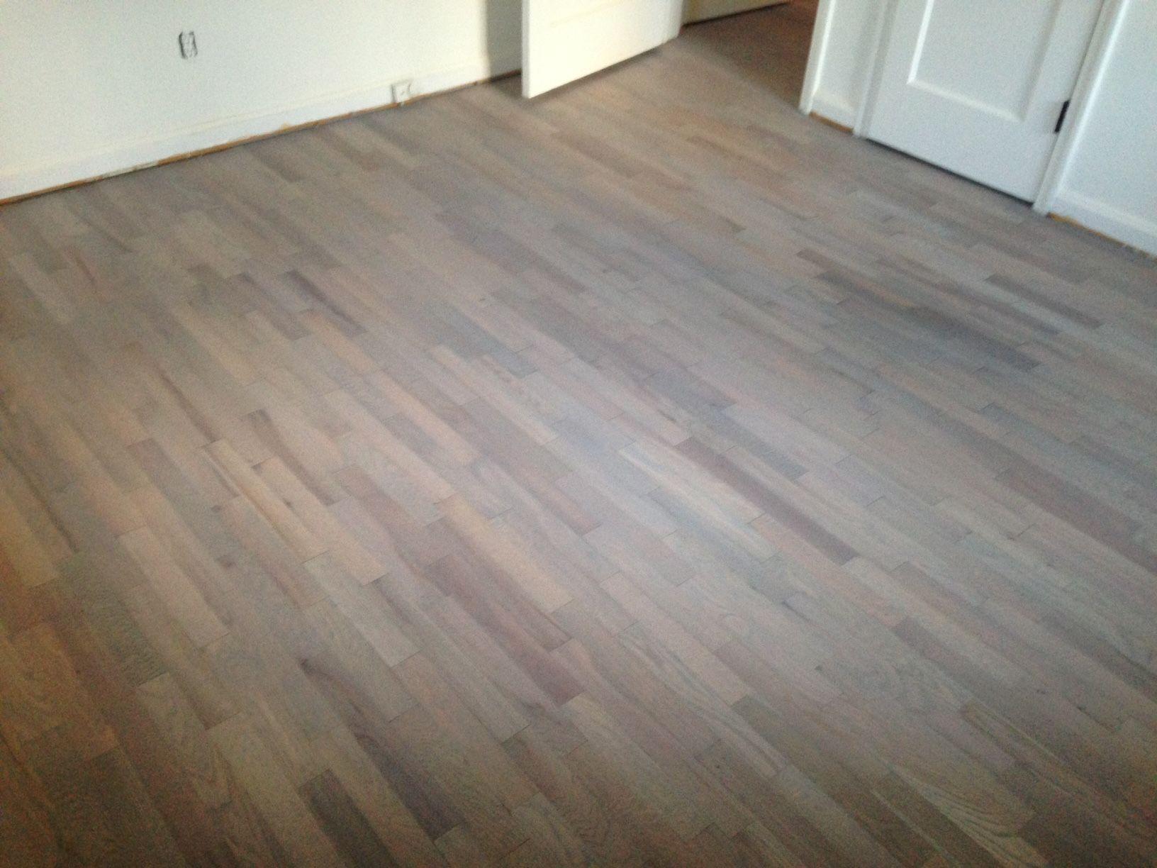 Solid Yellow Pine Wood Flooring