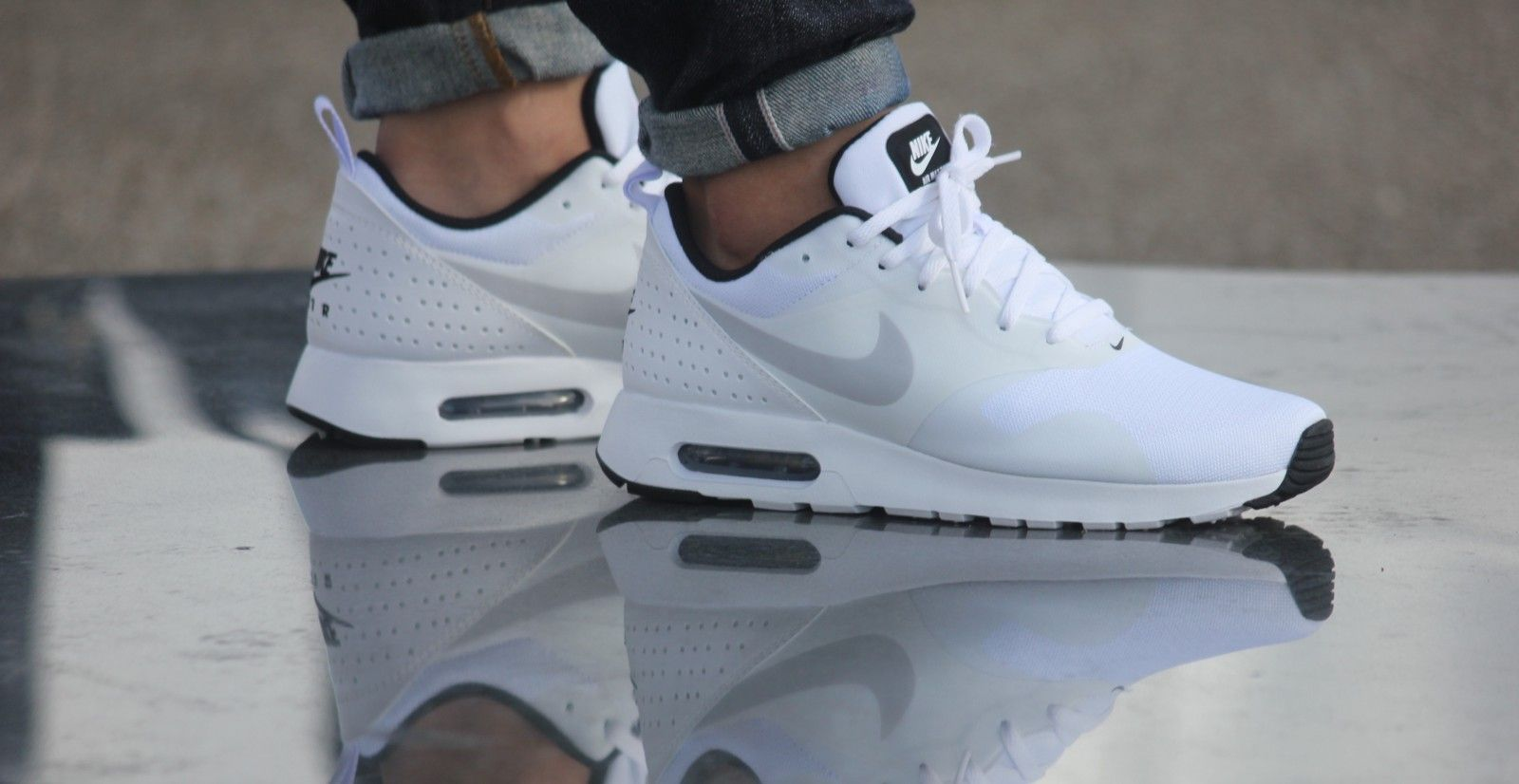 Nike Air Max Tavas White Pure Platinum Black 705149 103