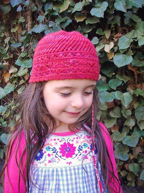 Amoroso Lacy Beanie: #knit #knitting #free #pattern #freepattern #freeknittingpattern #knittingpattern #amorosolacybeaniepattern