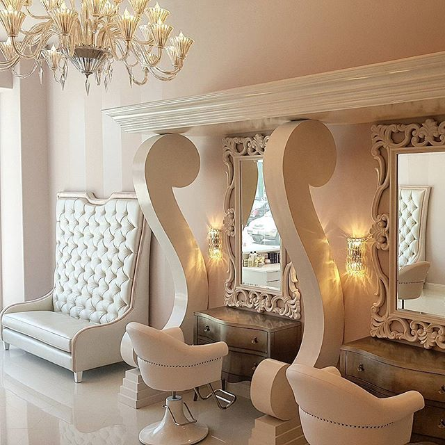 Nail Salon Interior Design Ideas: I Like The Couch And The Mirrors In This Picture.