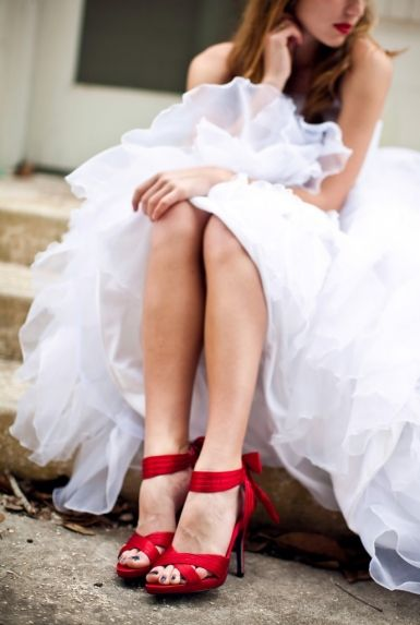 Red High Heels And A Wedding Dress So Pretty Or Same Color As Bridesmaids