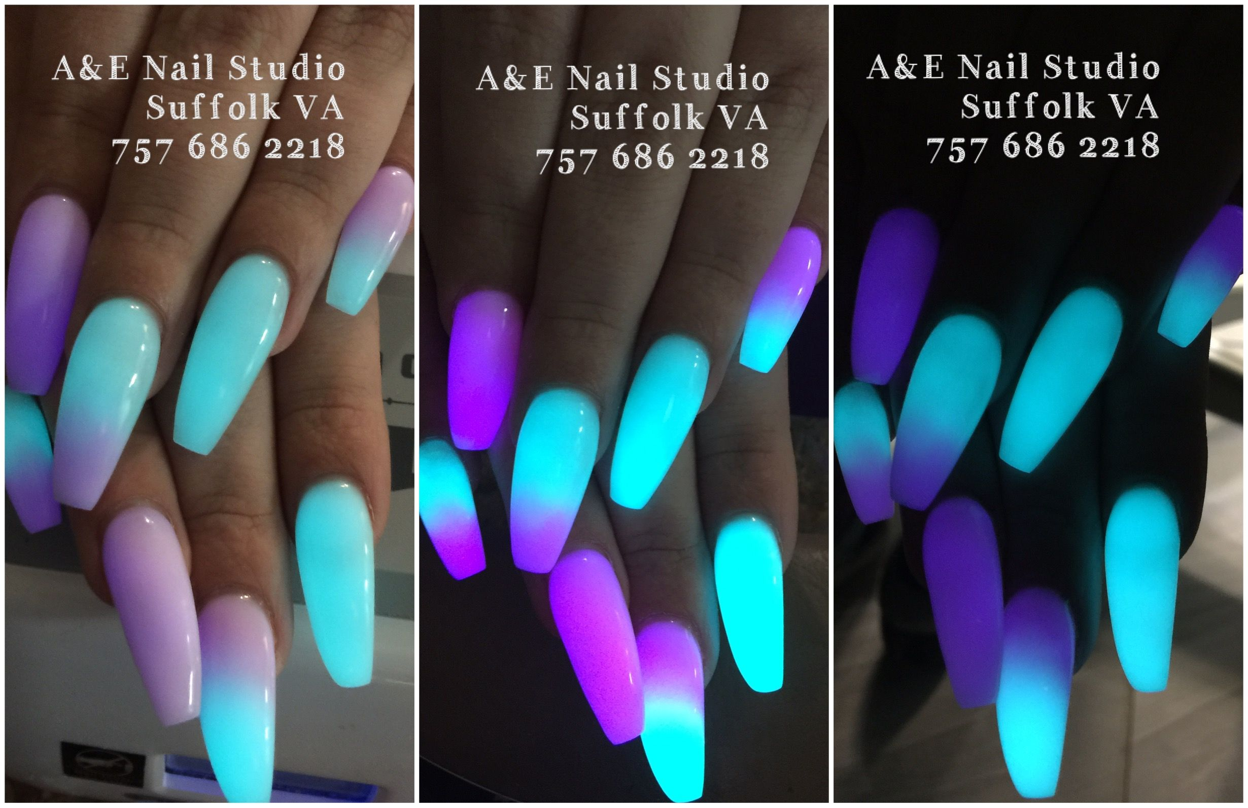 Glow in the dark nails powder. Fuchsia and Aqua ombré nails