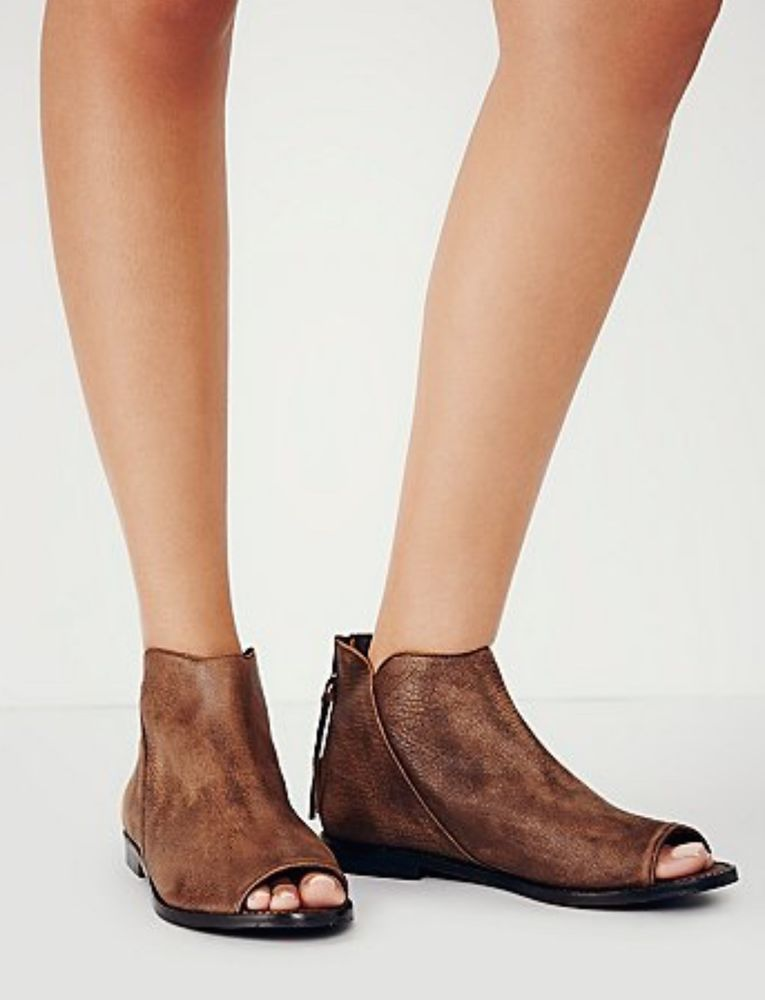 NWOB  148 Free People Falcon Flat open toe ankle Boots Booties tan brown 39   FreePeople  opentoeanklebooties  Casual 98d08115d6c0