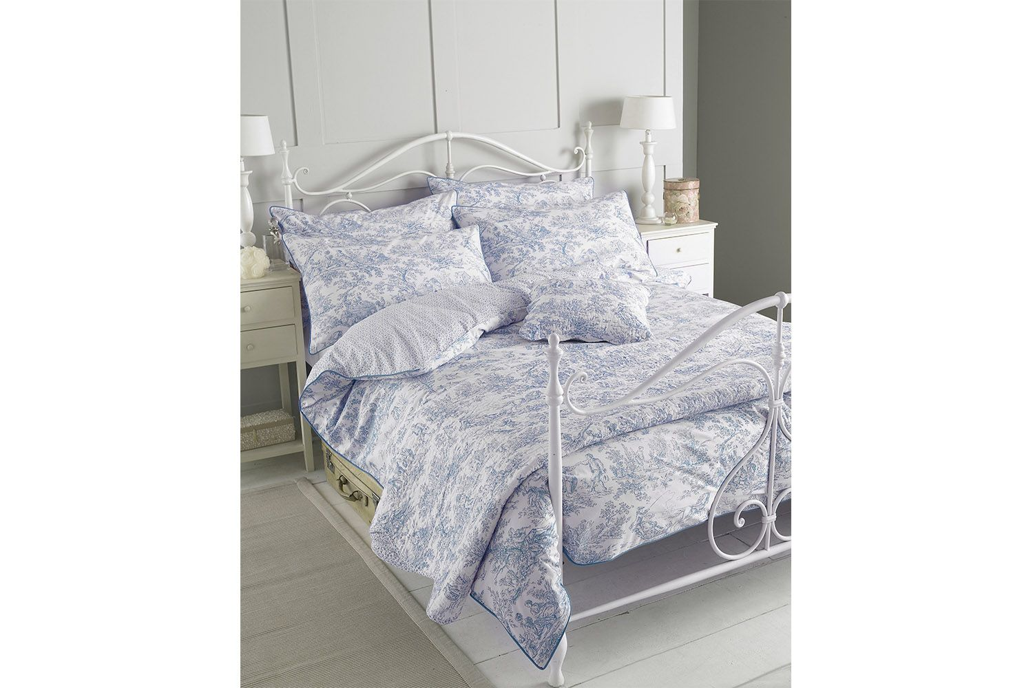 Canterbury Tales Duvet Cover Set Grey King Bed