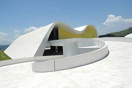 1571667c0a2748 Oscar Niemeyer - Teatro Popular de Niterói