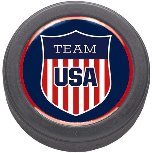 Olympics Usa Hockey Domed Souvenir Hockey Puck By Wincraft 7 95 Made In The Usa Approximately 3 Official Siz Team Usa Team Usa Hockey Team Usa Basketball