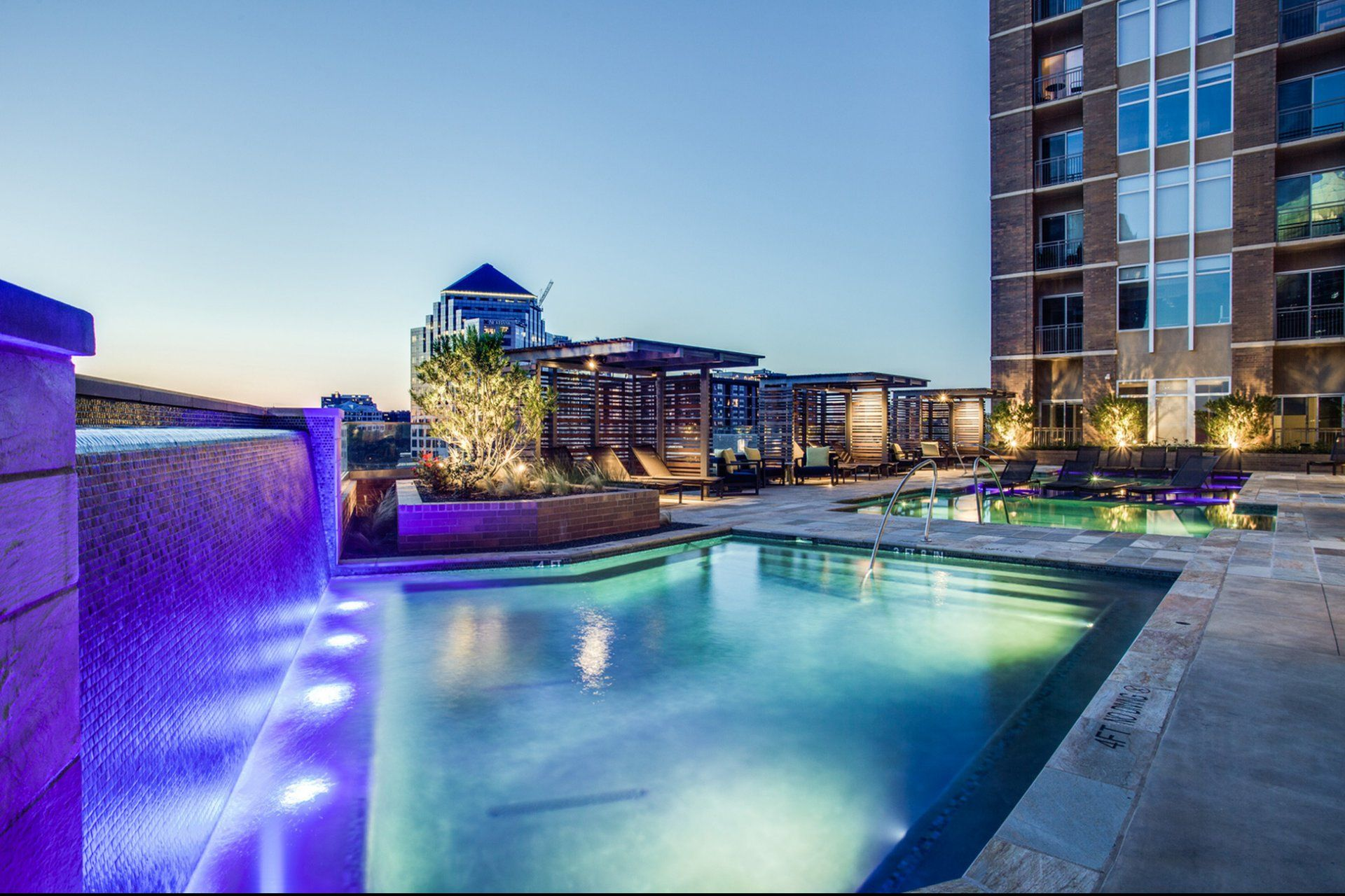 The Jordan Pent house, House styles, Mansions