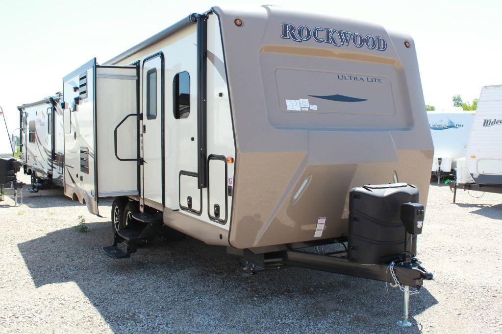 New 2017 Forest River Rv Rockwood Ultra Lite 2304ds Travel Trailer