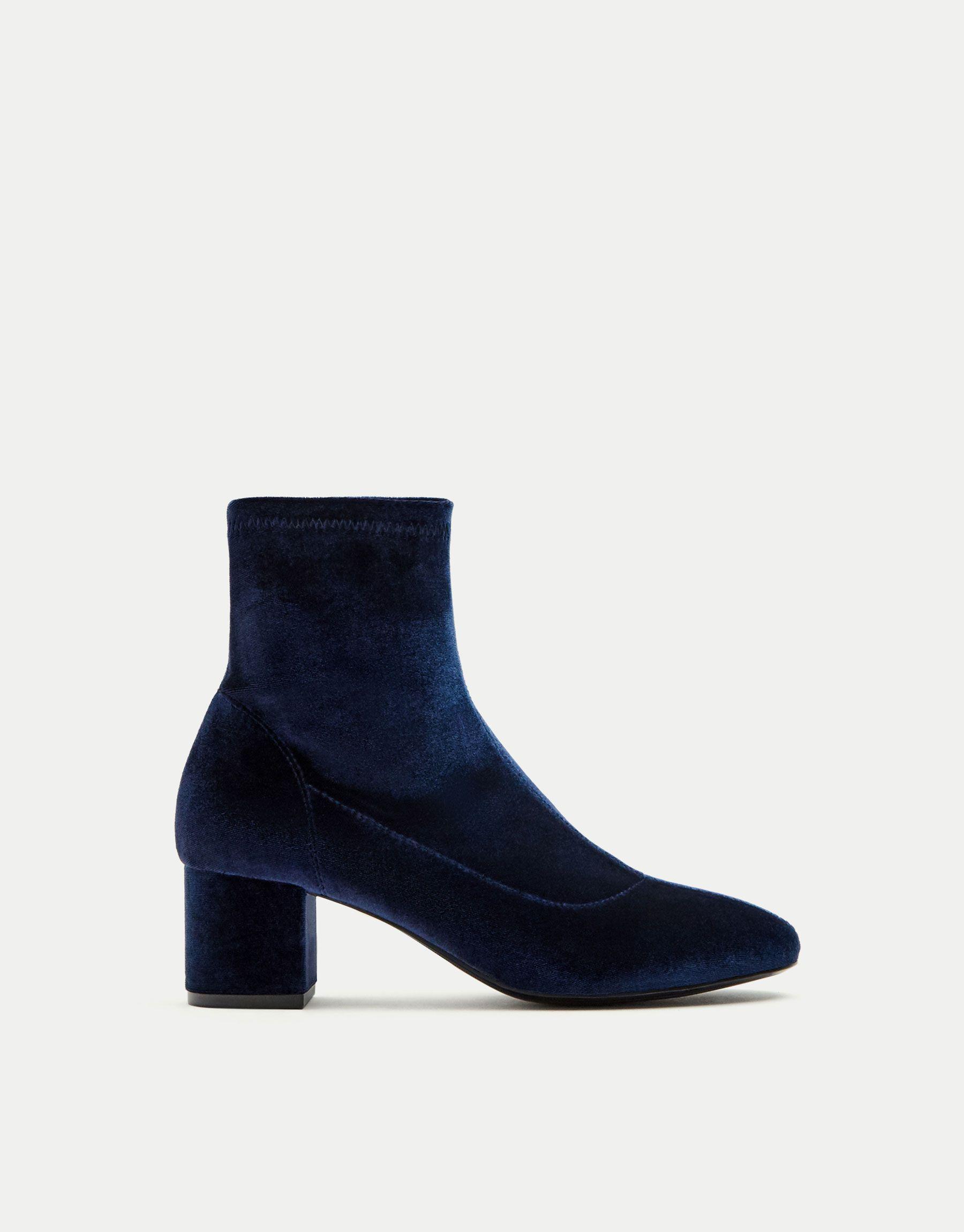 Botín calcetín terciopelo - Ver todo - Zapatos - Mujer - PULL&BEAR México