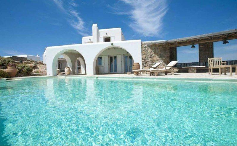 Vacances superbe villa grecque avec piscine sur l le - Maison de vacances iles turques worth ...
