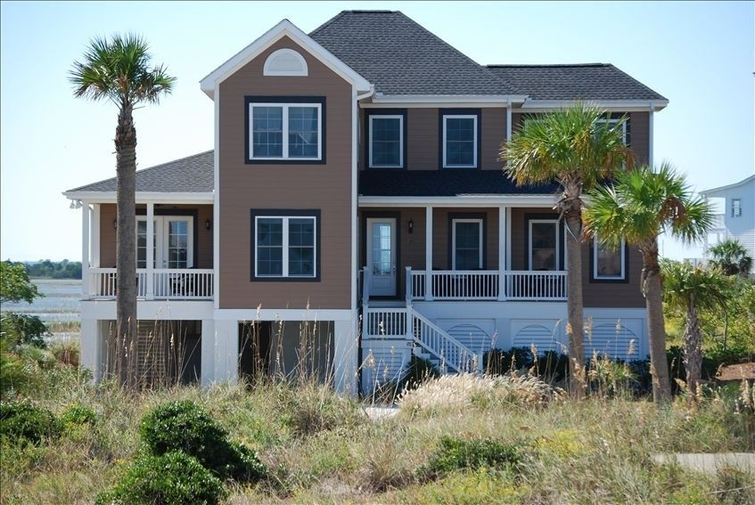 House vacation rental in Harbor Island from