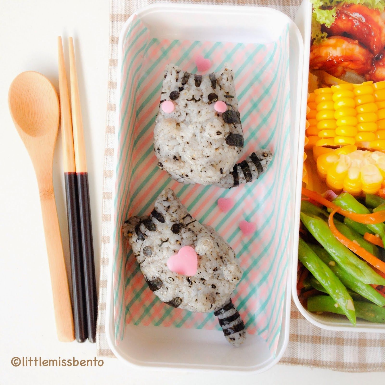 little miss bento pusheen the cat bento yummy food pinterest essen bento. Black Bedroom Furniture Sets. Home Design Ideas