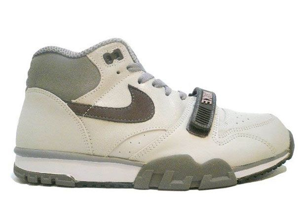 new style 293e3 39026 2004 Nike Air Trainer 1