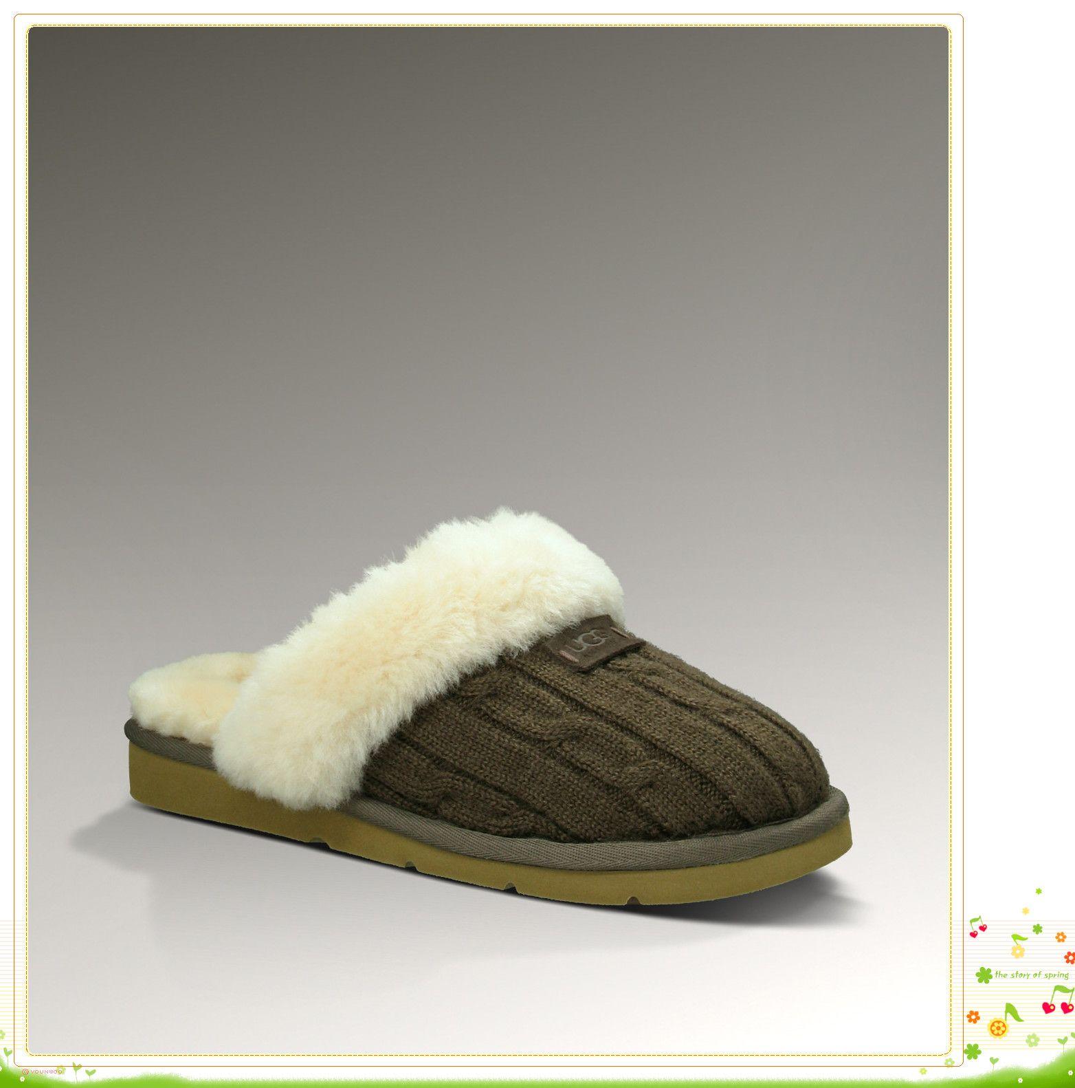 0122eeb1df0 Ugg Australia Women Slippers Online