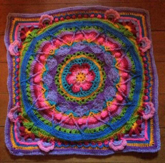 Sophie\'s Universe - free pattern on Ravelry or LookATwhatImade.com ...