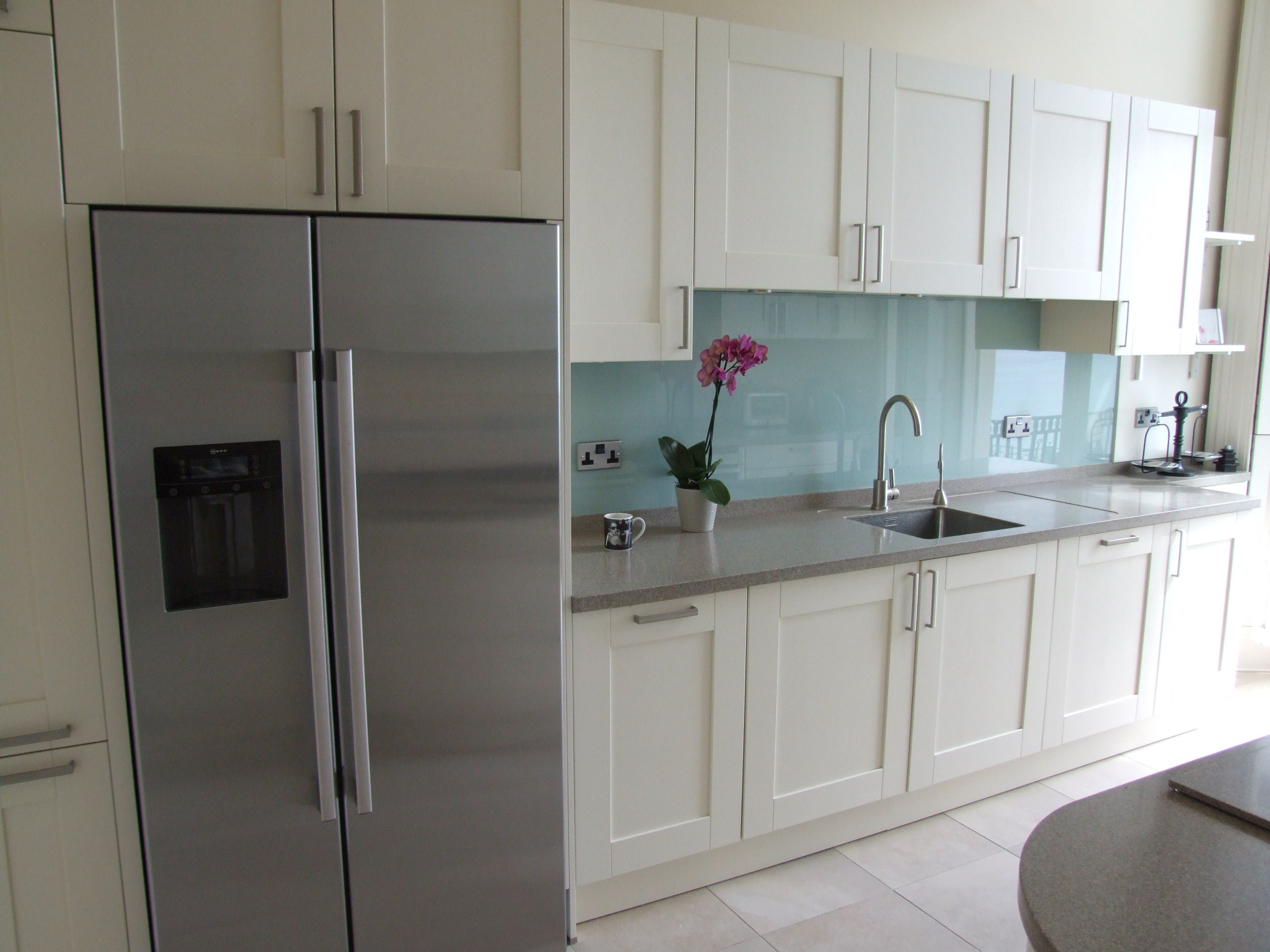 A Coloured Glass Splashback Is A Great Way Of Introducing