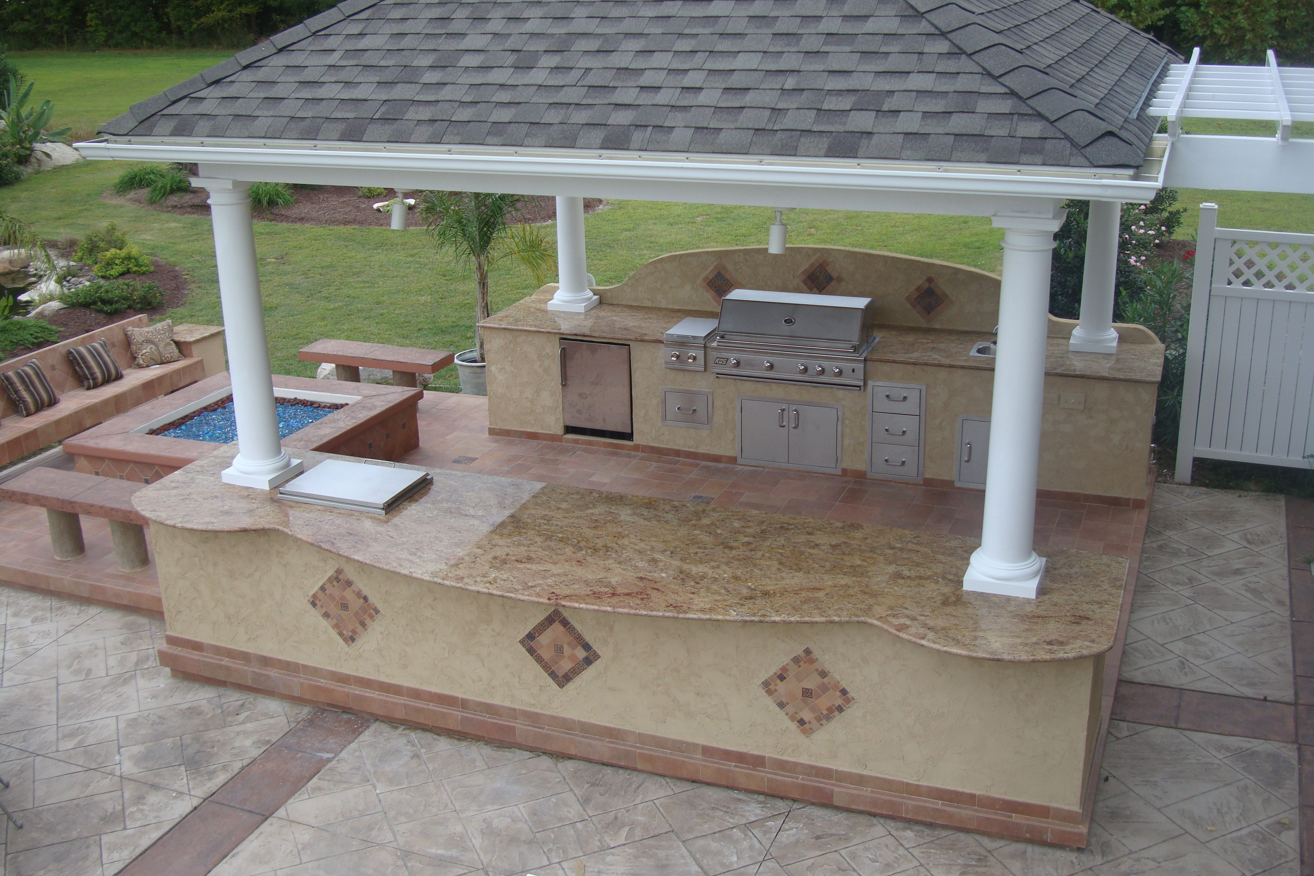 Ed Walker Used Bbq Coach Frame Kits To Build This Magnificent Outdoor Kitchen With Granite Counter Outdoor Kitchen Countertops Outdoor Bbq Kitchen Outdoor Bbq