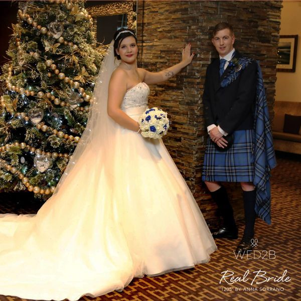 Real Brides Wed2b: We Just Love This Photo Of Our Stunning Real Bride Hannah