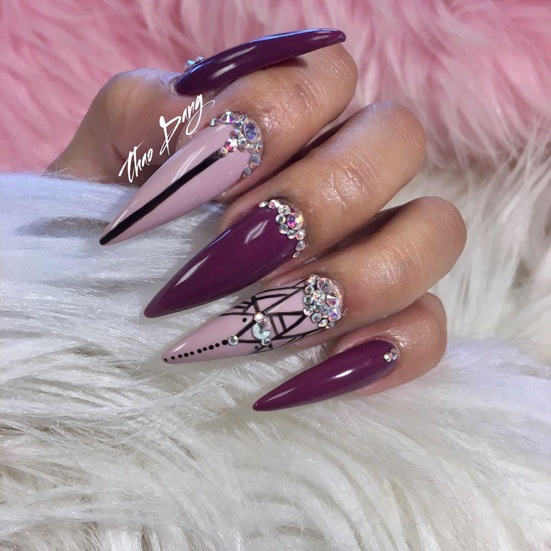 Pinterest Kiania Two Tone Stiletto Nails With Bling Nail